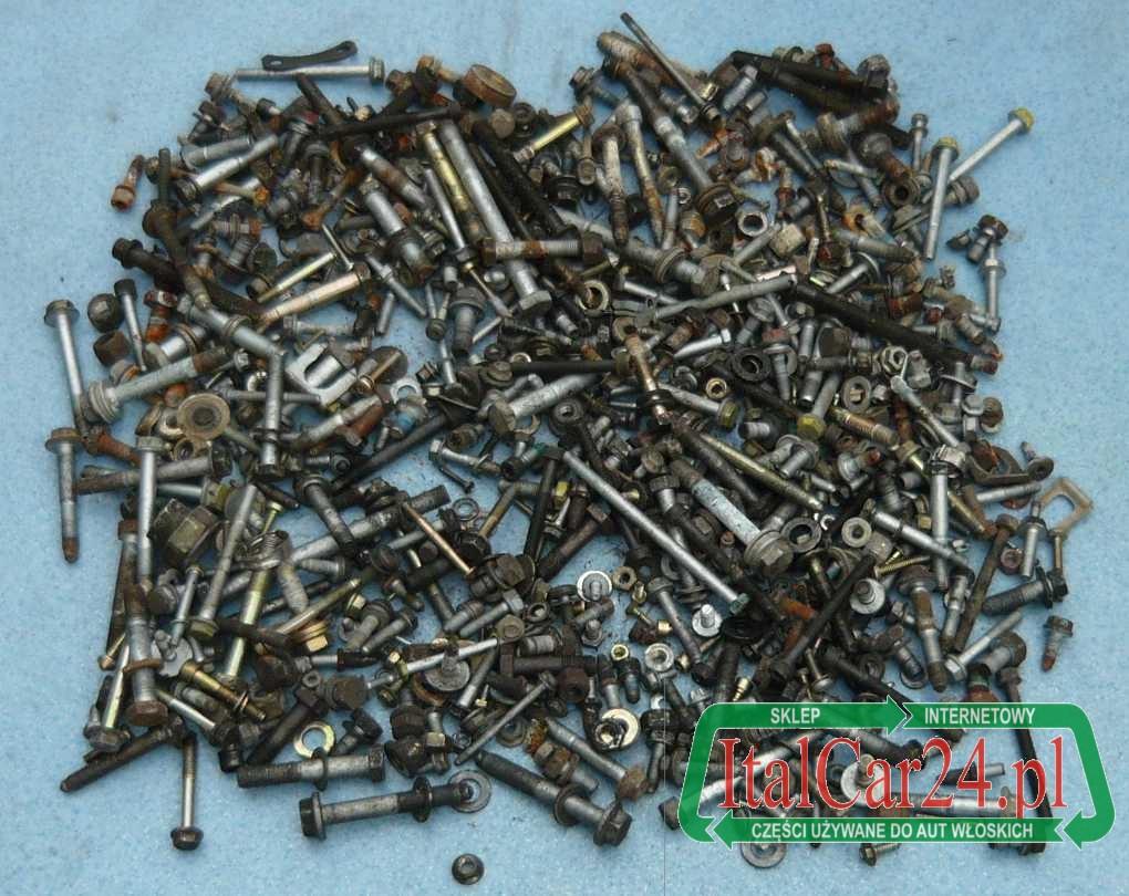 Wybitny śruby, wkręty, nakrętki, podkładki, mix dla mechanika, na wagę 2 FU17